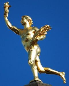 Golden Boy atop Manitoba Legislature building