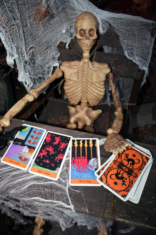 tarot reading skeleton