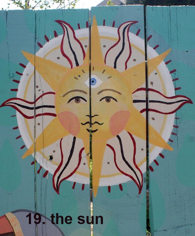 #19 The Sun - Toronto Graffiti Tarot