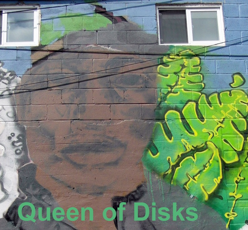 Queen of Disks - Toronto Graffiti Tarot