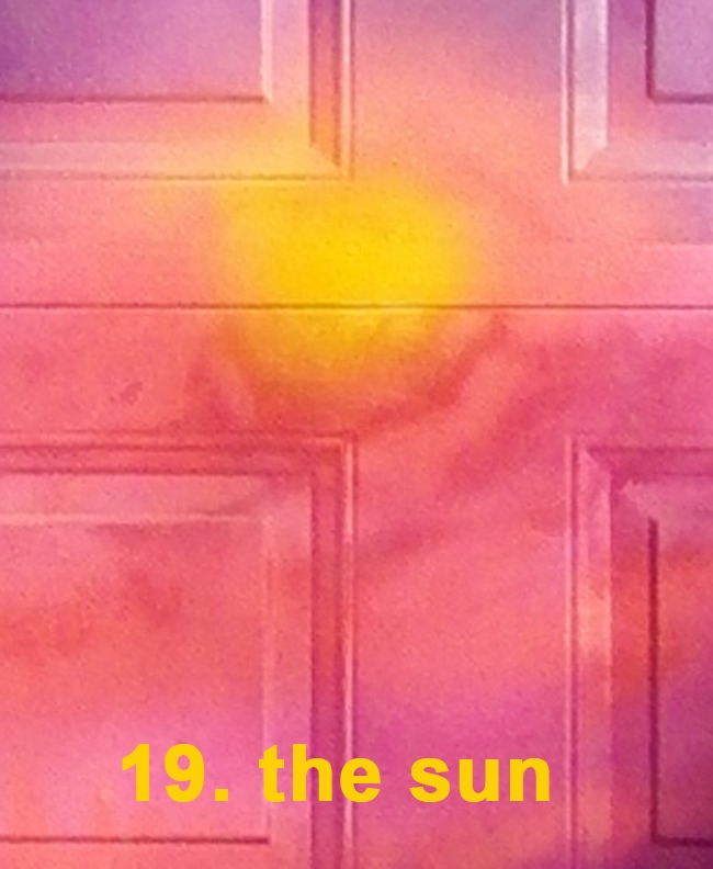 #19 The Sun - Toronto Graffiti Tarot