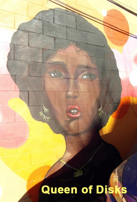 Queen of Disks - Toronto Graffiti Tarot